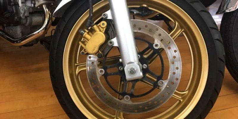 HONDAのバイクの前輪